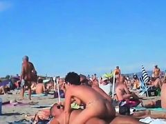 voyeur swapper beach sexual act