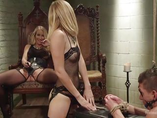 gagged wench takes it from behind
