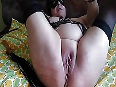 Freaks of Nature 100 Cunt Whipping Fisting Squirt