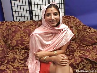 exotic indian babe shilpa fucked by strangers